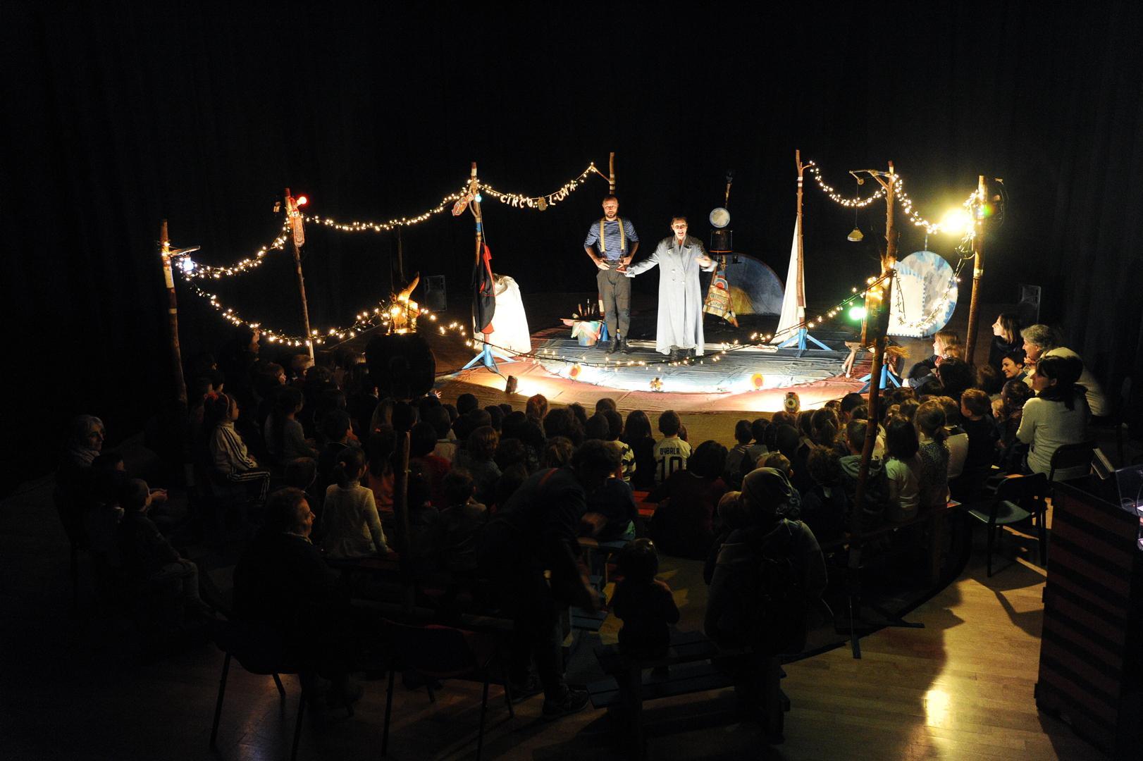 Teatro Giocovita CIRCO LUNA - ph Del Papa